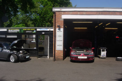 Vehicle Repairs And MoT In Sale Manchester